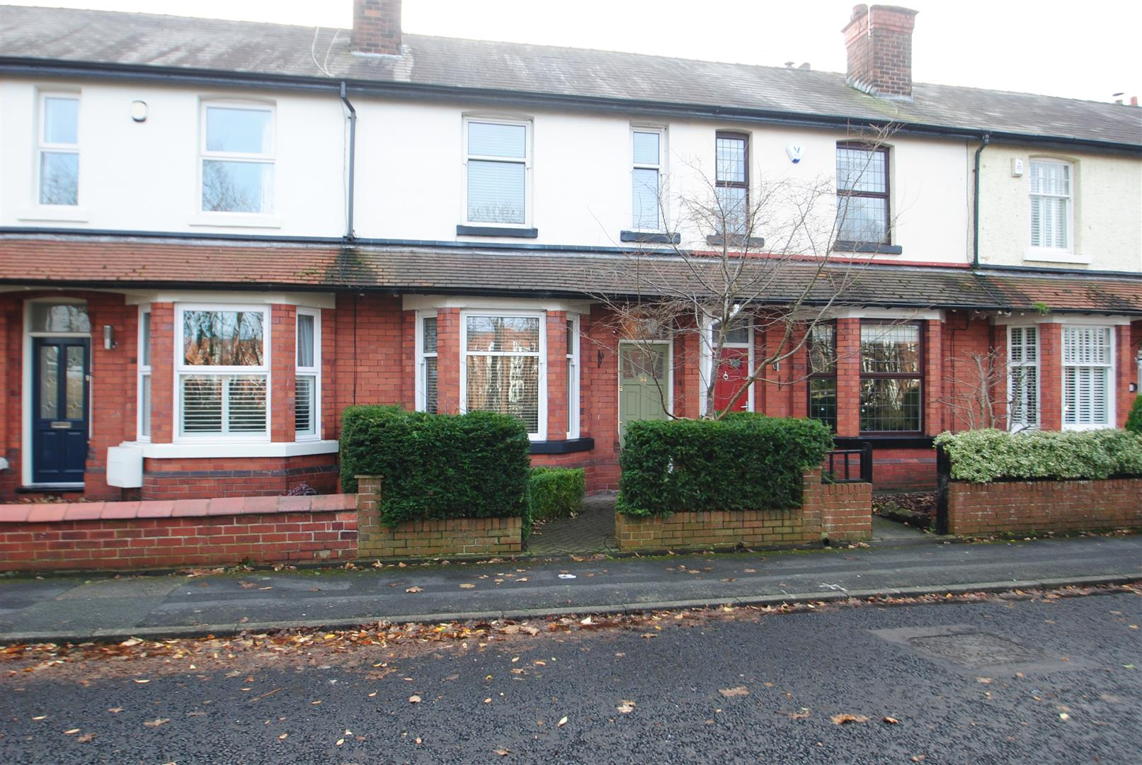 3 Bedrooms Terraced House for sale in Ellesmere Road, WALTON, Warrington, WA4